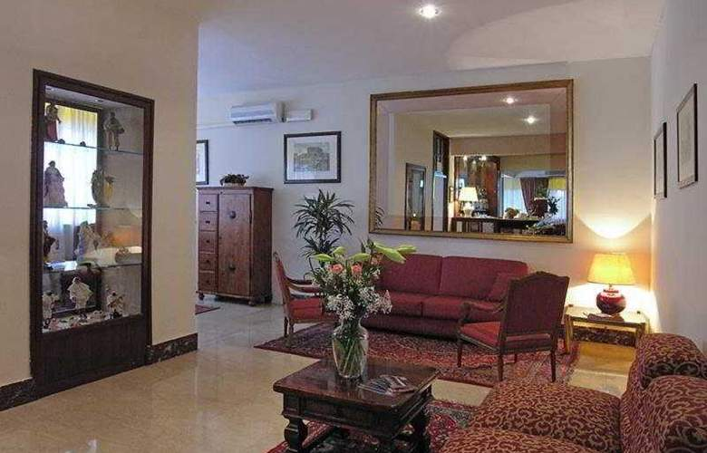 Pinewood Hotel Rome - Bar - 7