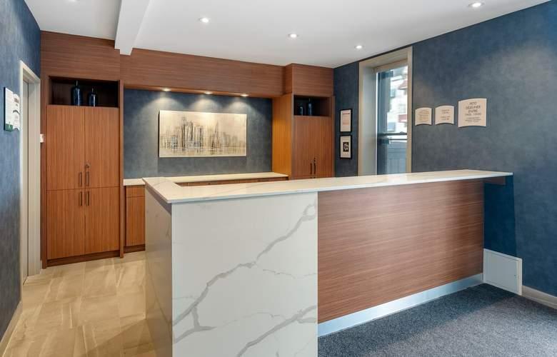 Quality Inn Centre-Ville - General - 1