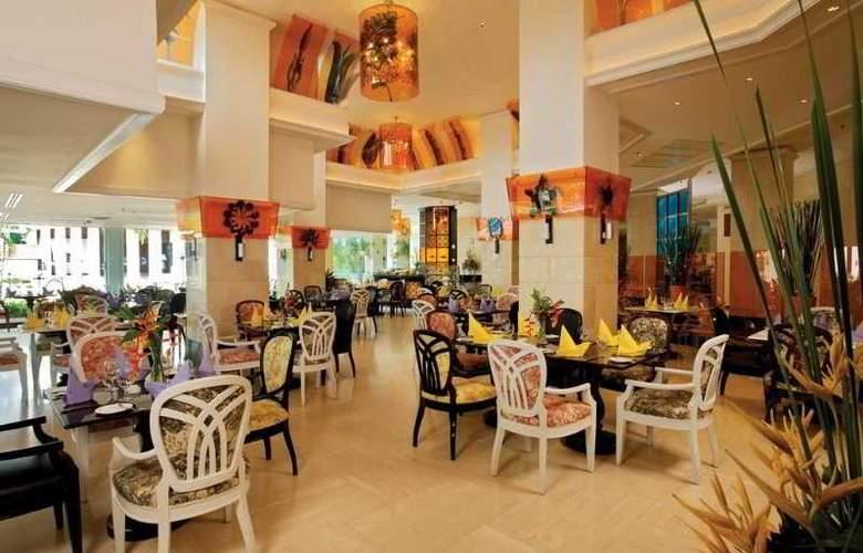 Royal Cliff Beach - Restaurant - 5