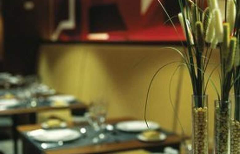 NH Latino - Restaurant - 3