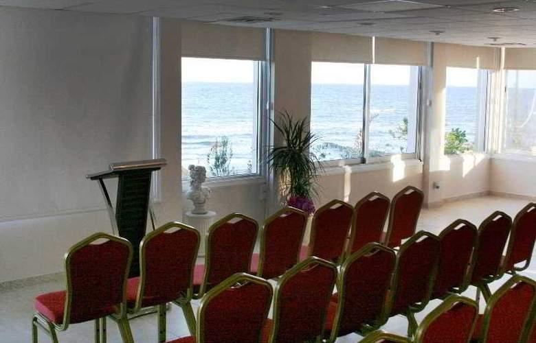 Flamingo Beach - Conference - 7