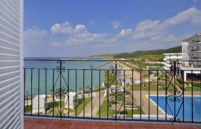 Sol Beach House Menorca - Room - 14