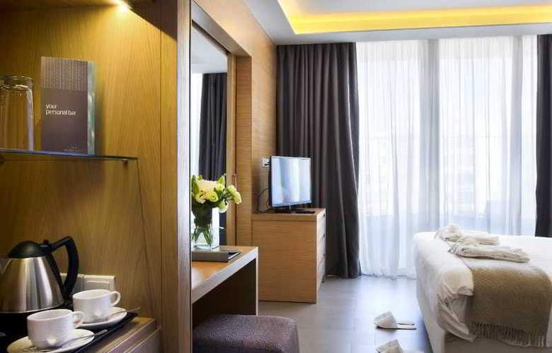 Royal Apollonia Beach - Room - 17