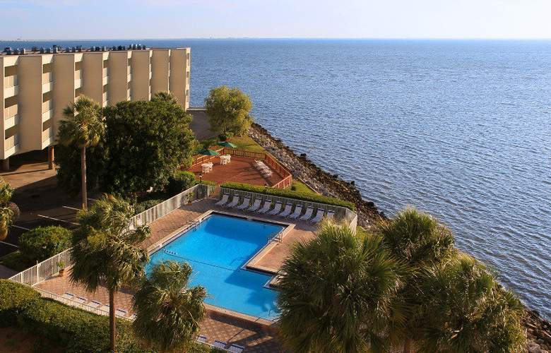 Sailport Resort Waterfront Suites on Tampa Bay - Pool - 1