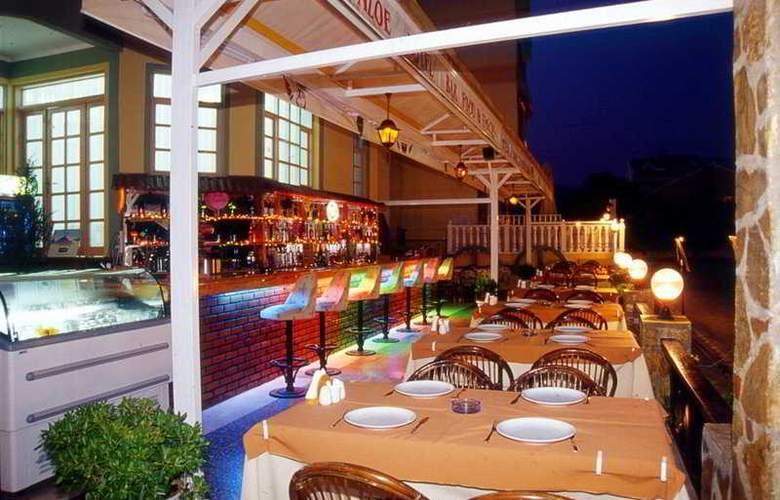 Aloe Hotel & Apart - Bar - 6