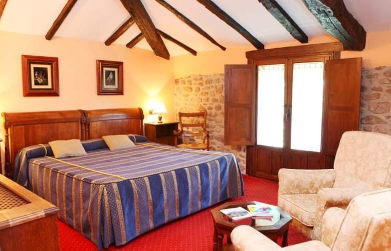 Es Hotel Señorio de Ursua - Room - 4