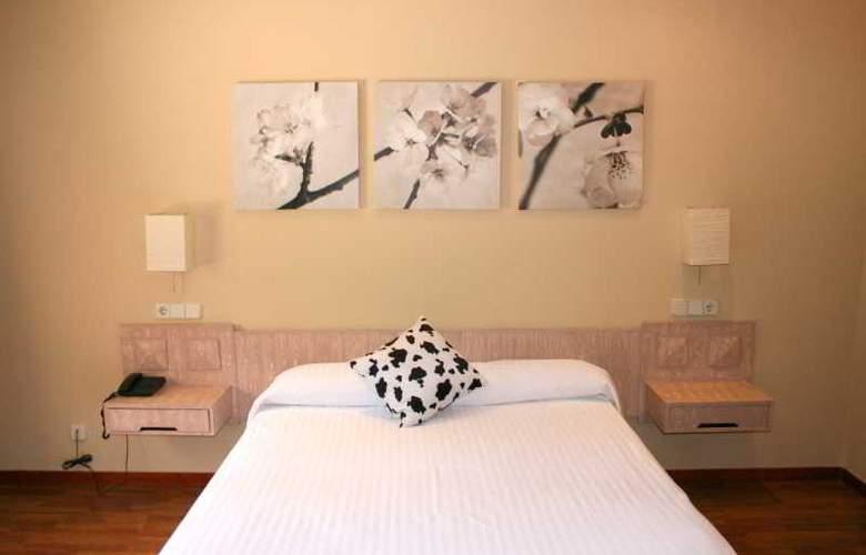 Los Olivos - Room - 11
