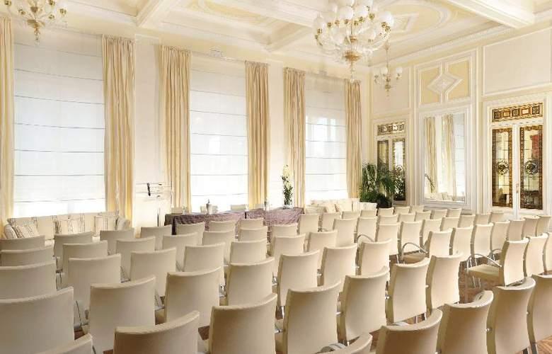 Grand Principe di Piemonte - Conference - 13