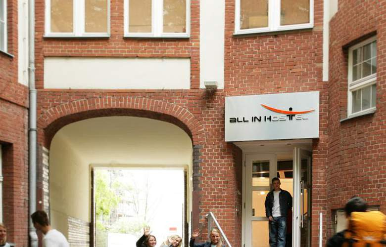 All In Hostel Berlin - Hotel - 0