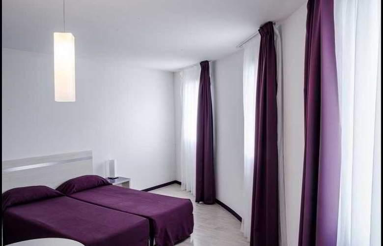 La Closeraie de Lourdes - Room - 11