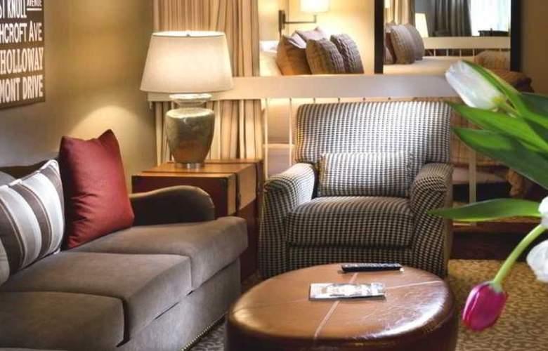 Le Parc Suite Hotel - Room - 4