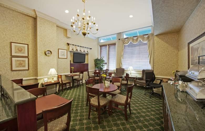 Best Western Plus Seaport Inn Downtown - Meals - 4