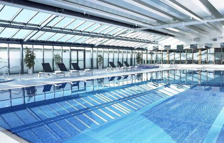 Shearwater - Pool - 3