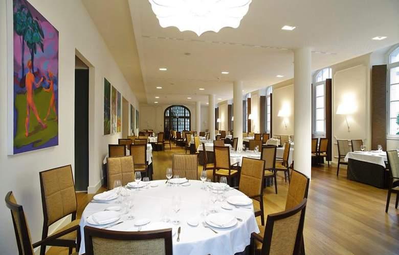Gran Hotel Las Caldas Villa Termal - Restaurant - 10