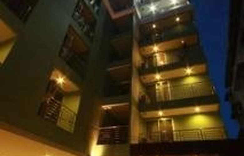 I Residence Sathorn (Formerly Premier Residence) - Hotel - 0