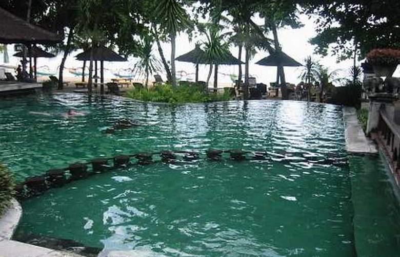 Tandjung Sari - Pool - 1