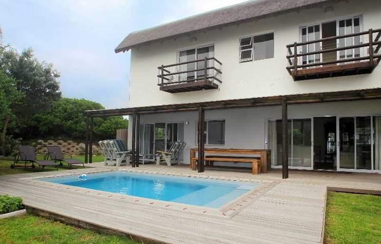 Cape St Francis Resort - Pool - 20