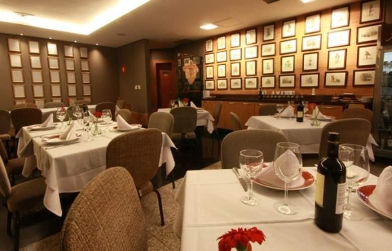 Quality Hotel Afonso Pena - Restaurant - 9