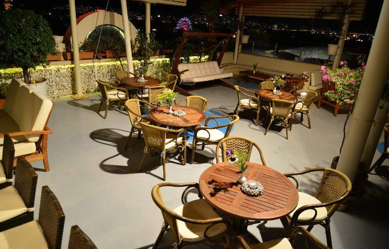 SC INN Boutique - Terrace - 11