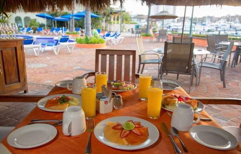 Flamingo Vallarta Hotel & Marina - Restaurant - 37