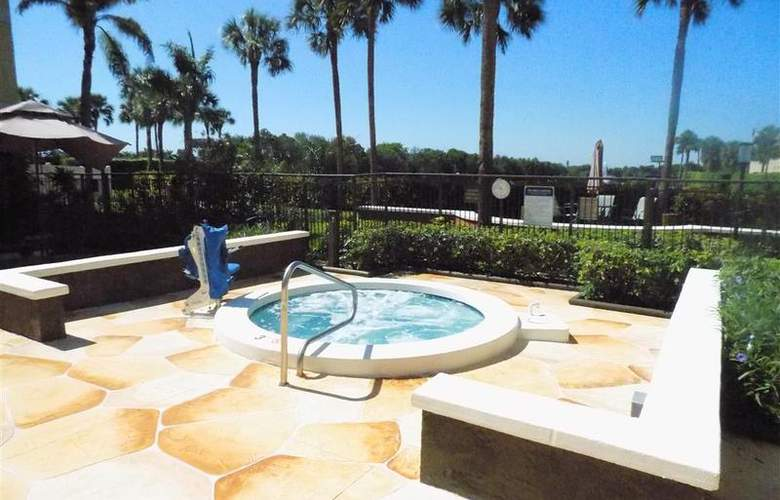 BW Deerfield Beach Hotel & Suites - Pool - 107