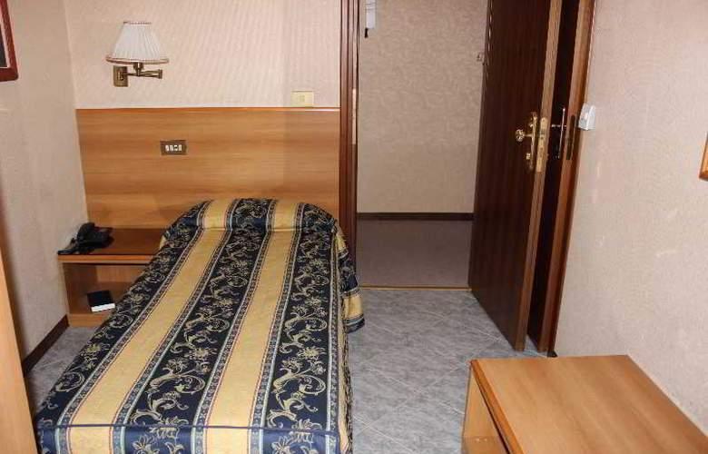 Dependance Hotel Dei Consoli - Room - 0