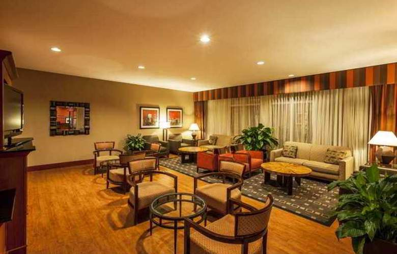 Hampton Inn New York LaGuardia Airport - Hotel - 1