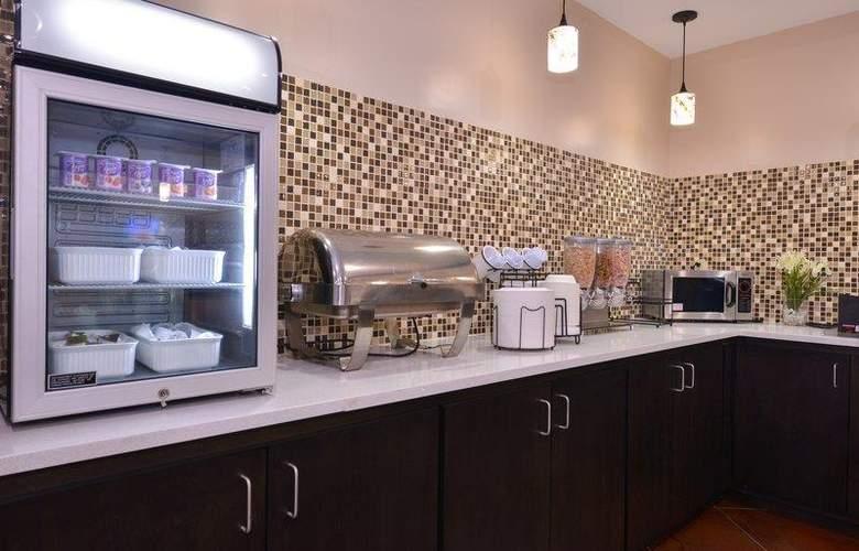 Best Western Bradbury Suites - Restaurant - 112