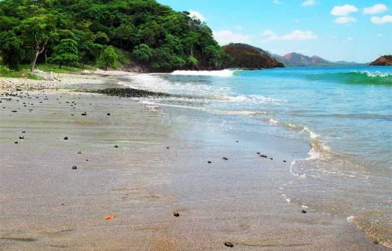 Sugar Beach - Beach - 8