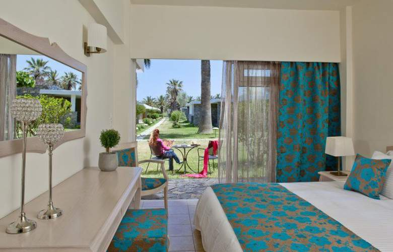 Creta Beach Hotel & Bungalows - Room - 0