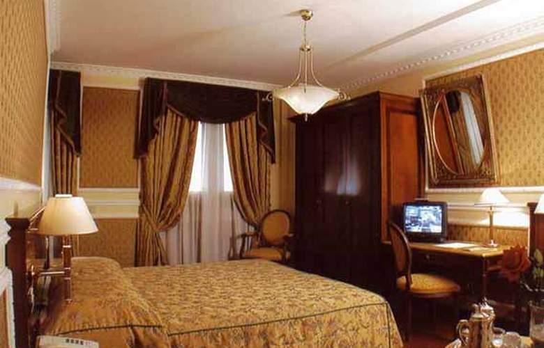Champagne Garden - Room - 4
