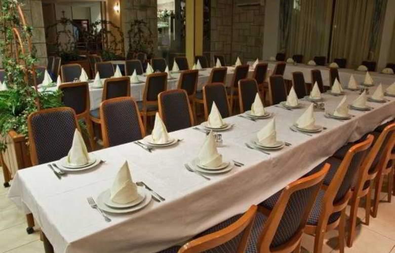 Pitomcija - Restaurant - 9