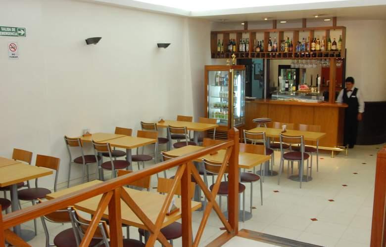 Gran Hotel Orly - Restaurant - 65