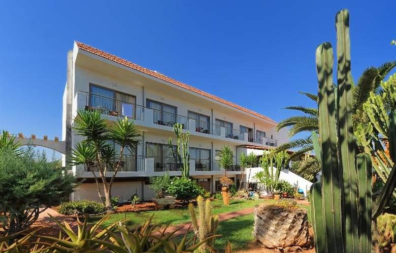 Oasis Hotel - Hotel - 10