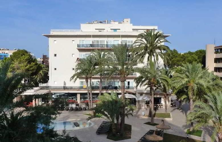 HM Ayron Park - Hotel - 0