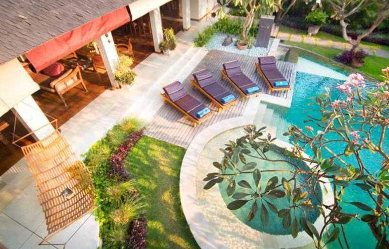 Maharaj - Pool - 3