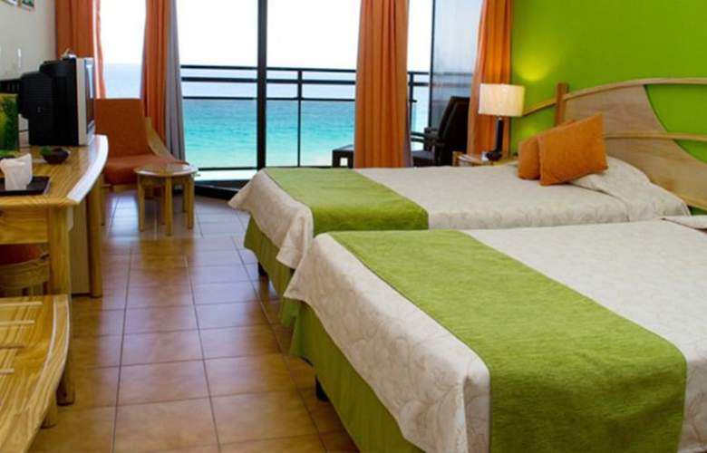 Puntarena Playa Caleta - Room - 1