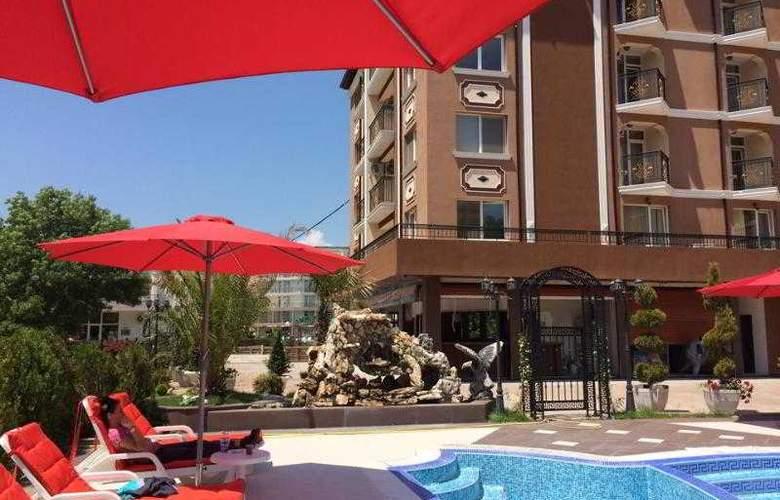 Bahami Residence - Pool - 3