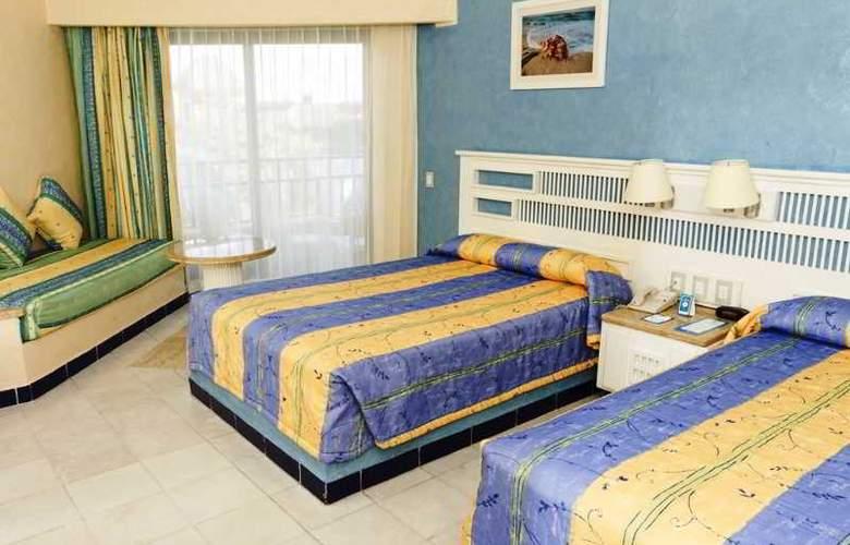 Sandos Playacar Beach Experience Resort - Room - 10