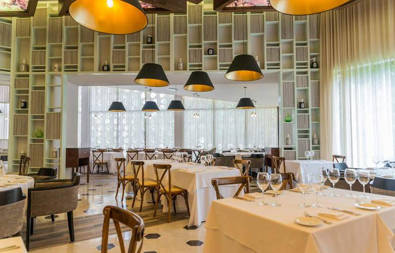 Sandos Playacar Beach Experience Resort - Restaurant - 14