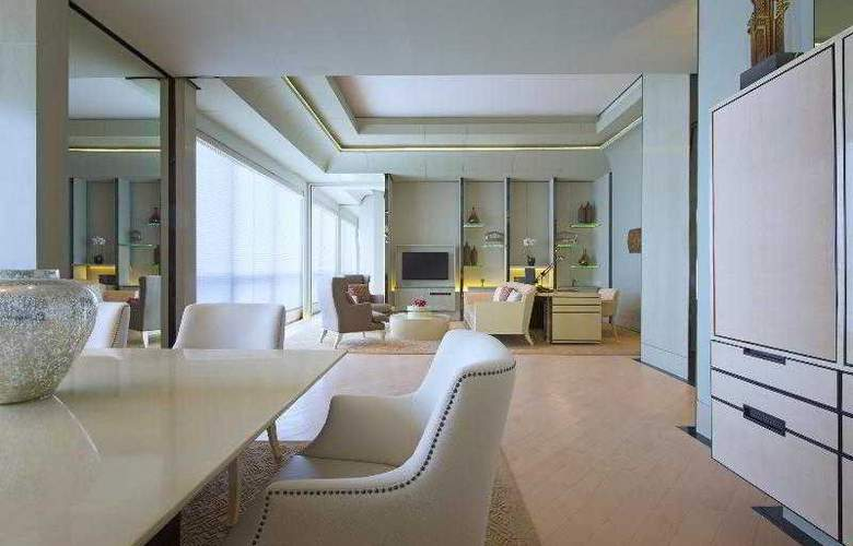 Keraton at the Plaza Jakarta - Room - 18