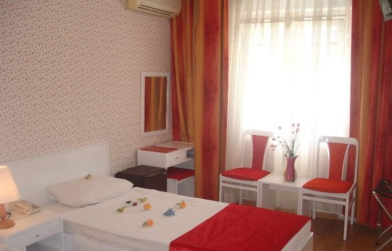 Saadet Hotel - Room - 4