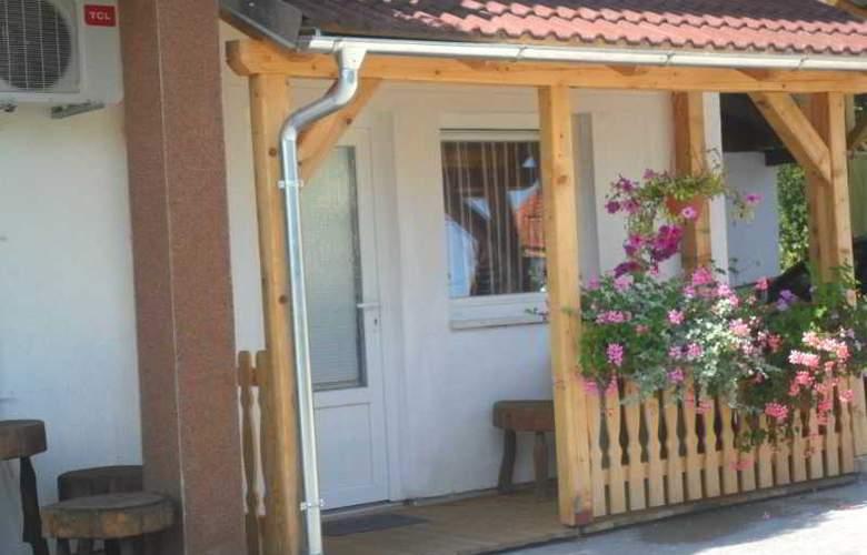 House Sara - Hotel - 2