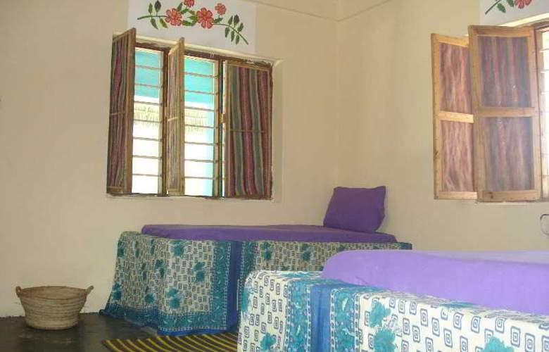 Twisted Palms Lodge & Restaurant - Room - 10