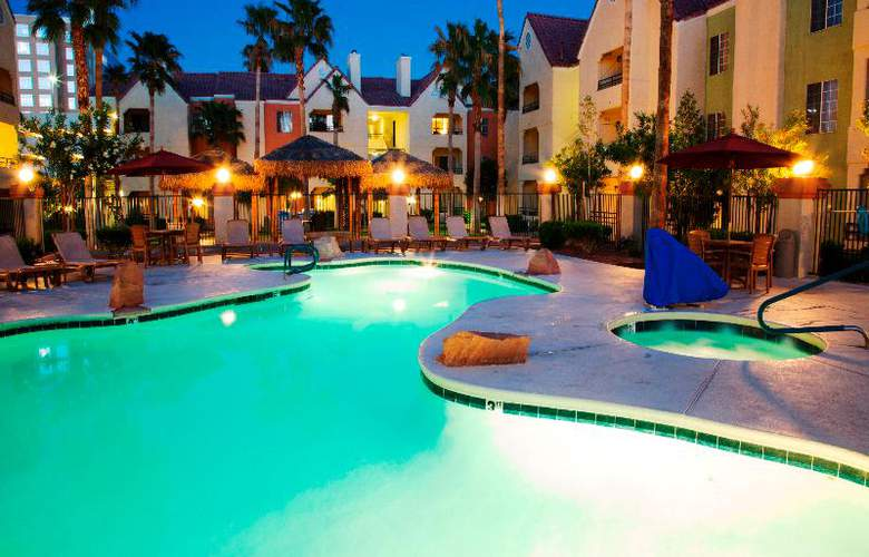 Holiday Inn Club Vacations Las Vegas - Desert Club - Pool - 19