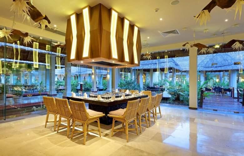 Grand Palladium Colonial Resort & Spa - Restaurant - 36