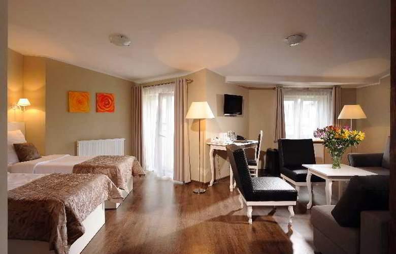 Aparthotel Leone - Room - 17
