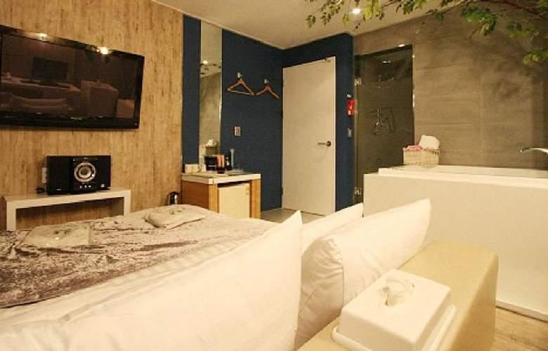IMT Hotel 2 Jamsil - Room - 8
