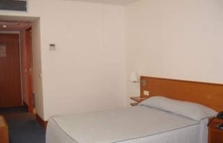 Comfort Inn Hotel - Room - 3