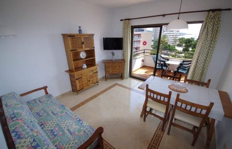 Marina Apartamentos - Room - 5
